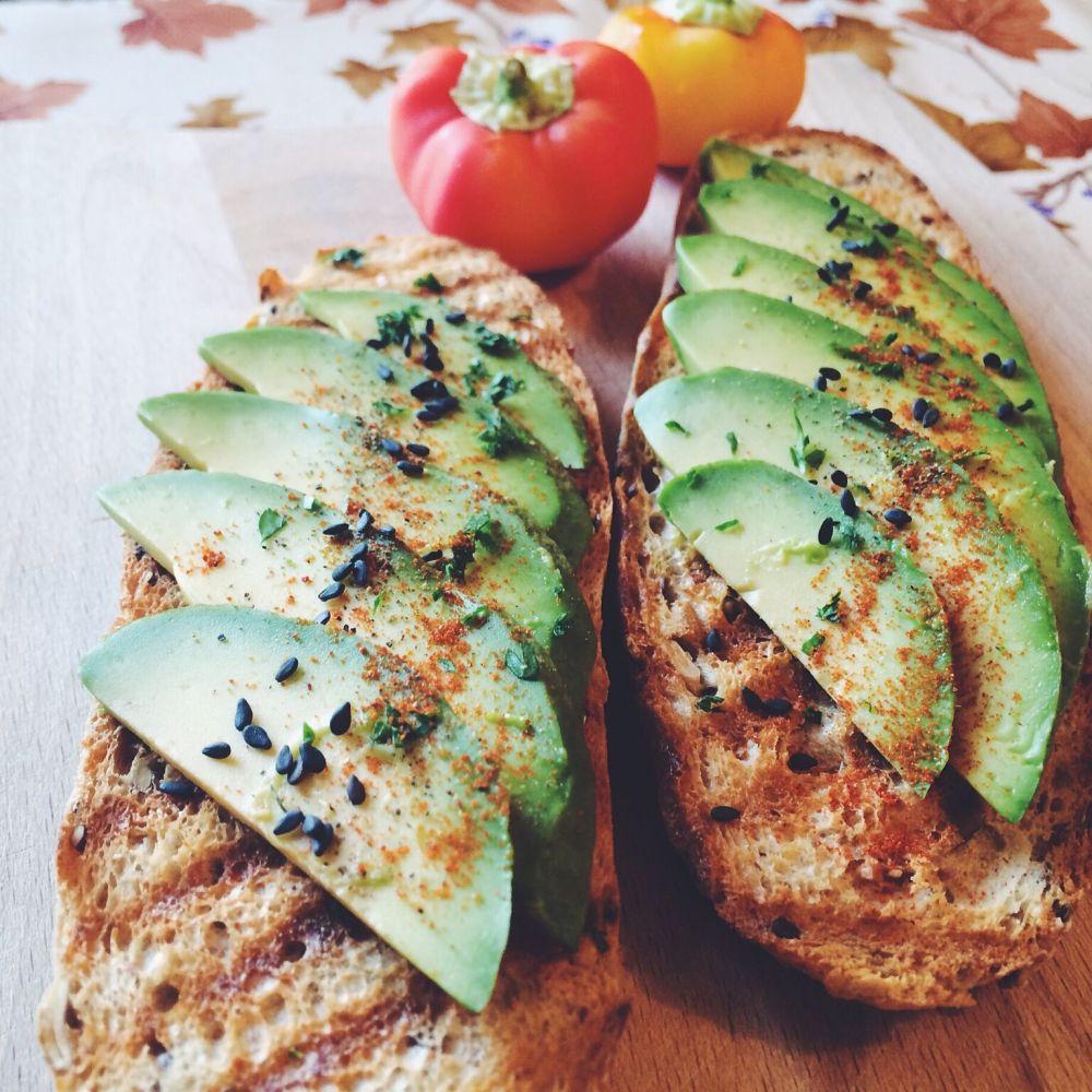 avokado_toast.jpg